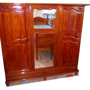 Armoire / Commode